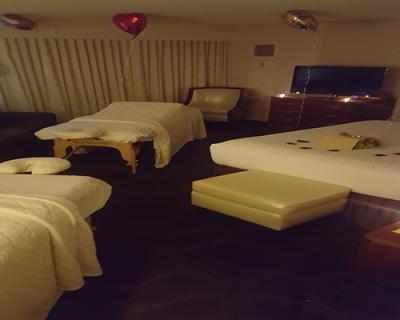 couples massage - mobilemassagem7 400x320 - Couples Massage